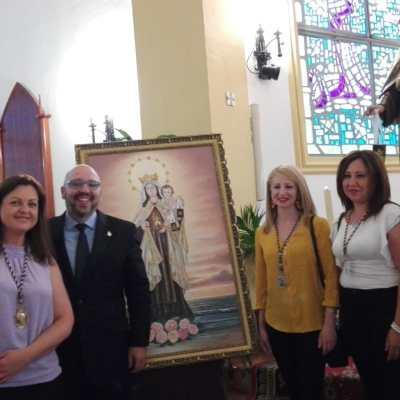 Miembros de la Cofradía Ntra. Sra. del Carmen de Colonia St.a Inés, nuestro Hermano Mayor con D. Francisco Parrales (presentador)