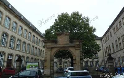 Las gárgolas de la Biblioteca Nacional de Luxemburgo. Gárgolas luxemburguesas