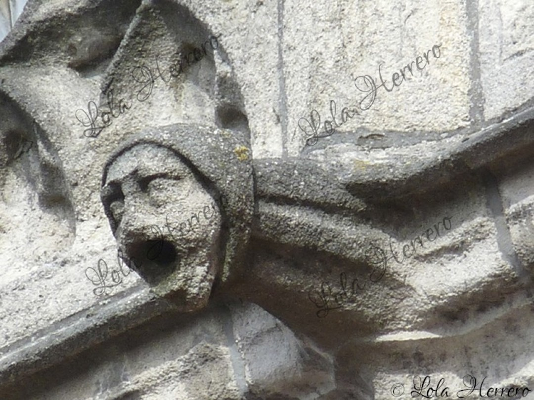 Gárgola Edificio Correos Brujas (Bélgica) (389)