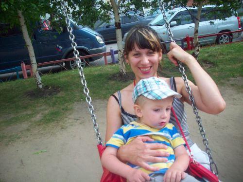 Иринка с младшеньким Ваней