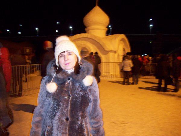 Возле снежного Храма