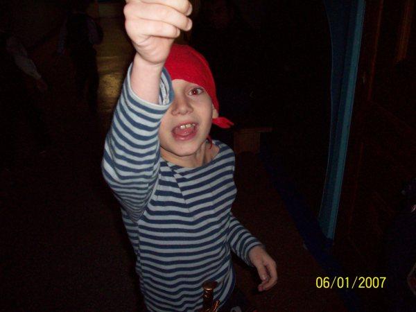 Данька-пират