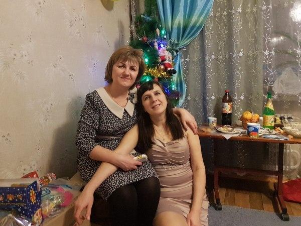 С подругой-одноклассницей Леной