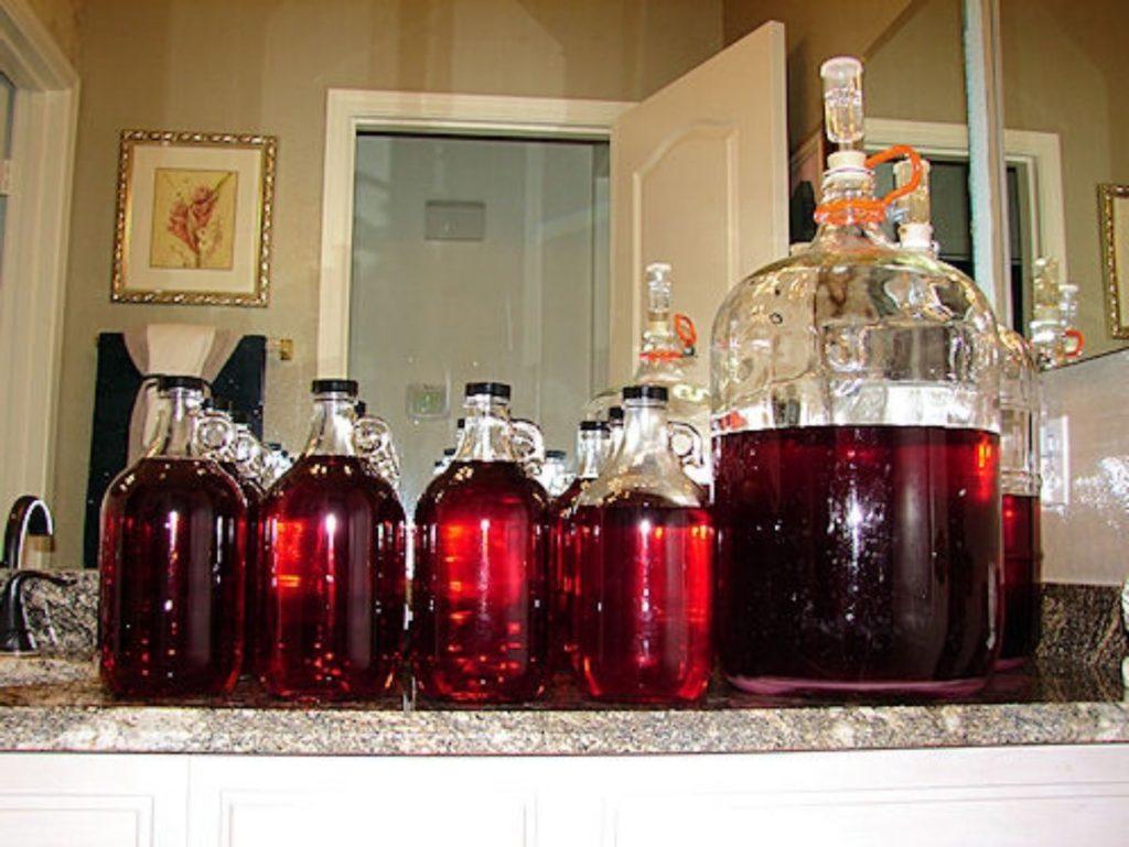 Красное вино в домашних условиях
