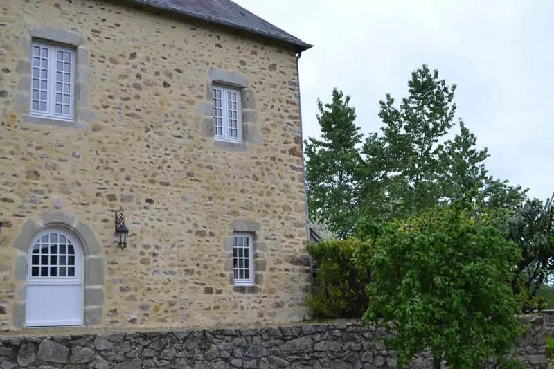 gite-grande-maison-poupardiere-domaine-des-vaulx-facade