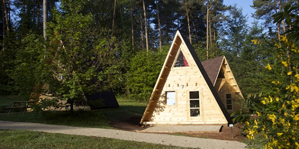 camping-coq-rouge-tipi-ext-2
