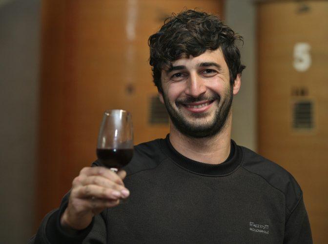 Vinisud Lirac : Pour Jocelyn Raoux, le vin est un jeu d'enfant - Terres de Vin