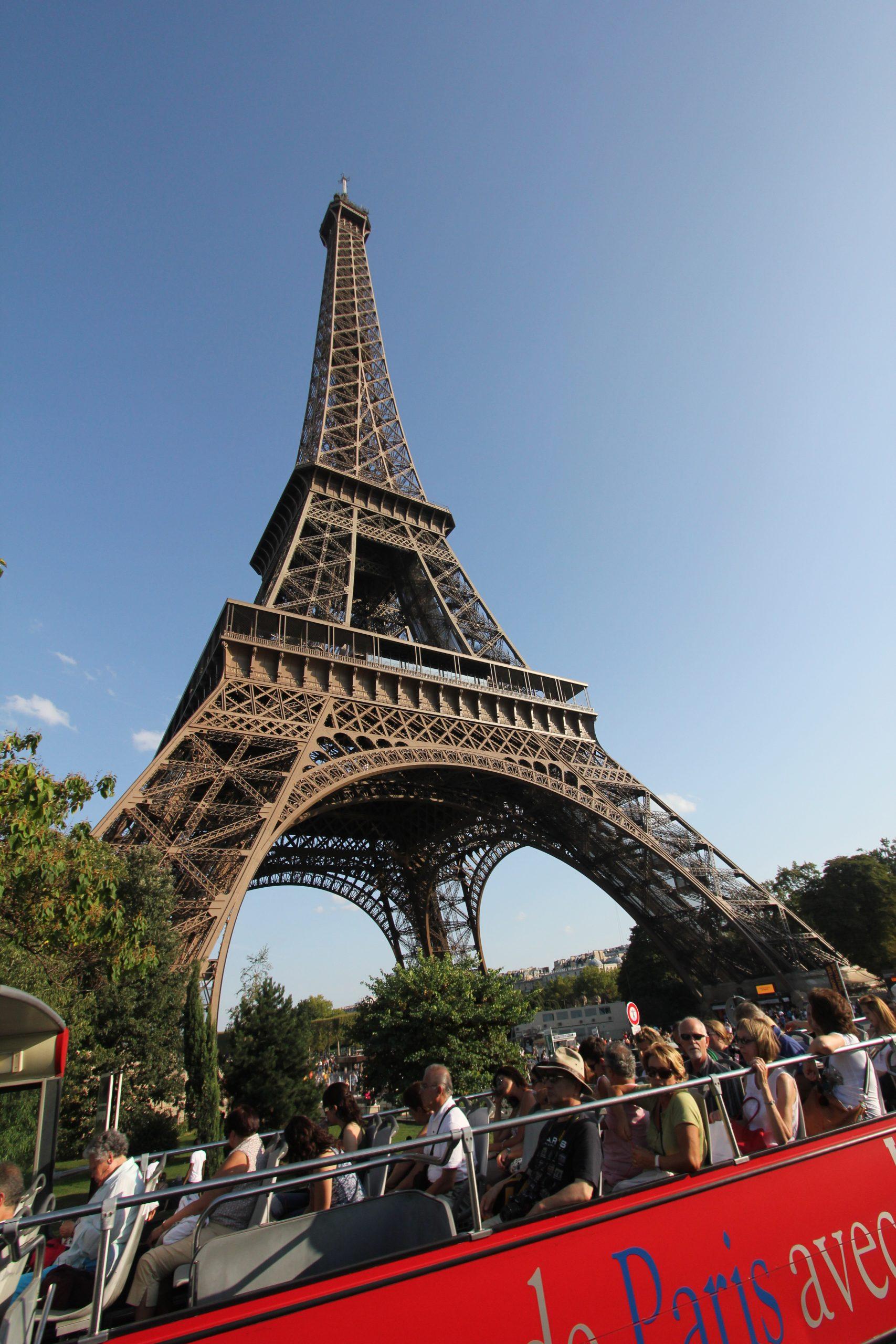 Travel Market: Eiffel Tower, Paris