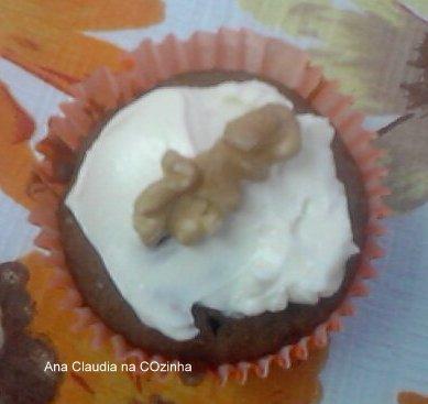 cupcake de cenoura e nozes