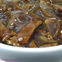 Tiras de Carne com Cebola e Shoyu