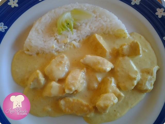 frango ao curry, dom manjericão