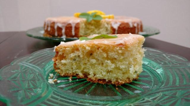 bolo caseiro de manjericão com limão siciliano
