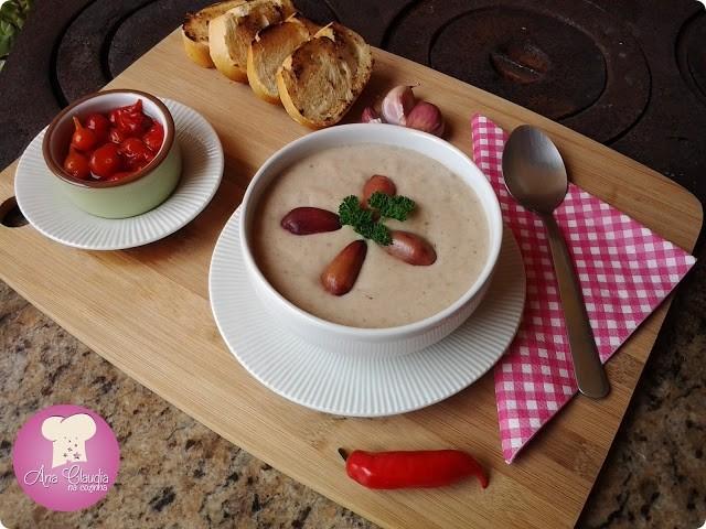 sopa cremosa com pinhão