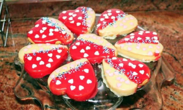 Бисквити за Свети Валентин, за любимите ни хора