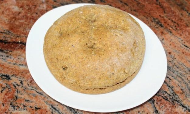 Постна содена, ръжена питка със семена