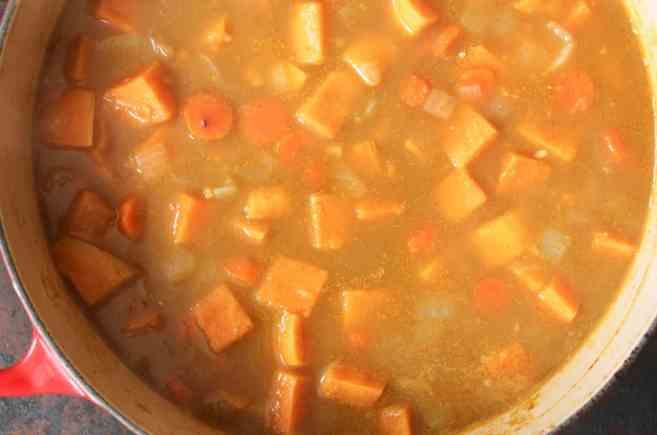Vegan-Five-Spice-Sweet-Potato-Soup-step-4