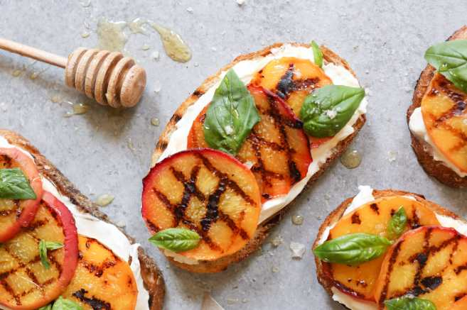 Grilled-Peach-Tartines-with-Burrata-Basil-Honey-5
