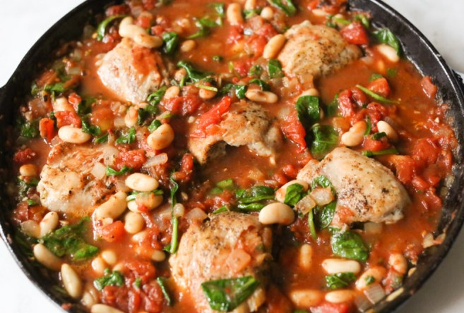 braised-chicken-thighs-with-spinach-white-beans-step-6