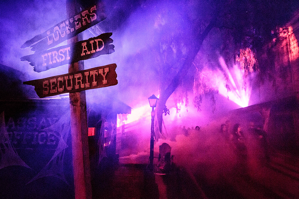 Knott's Scary Farm Ghost Fog Alley