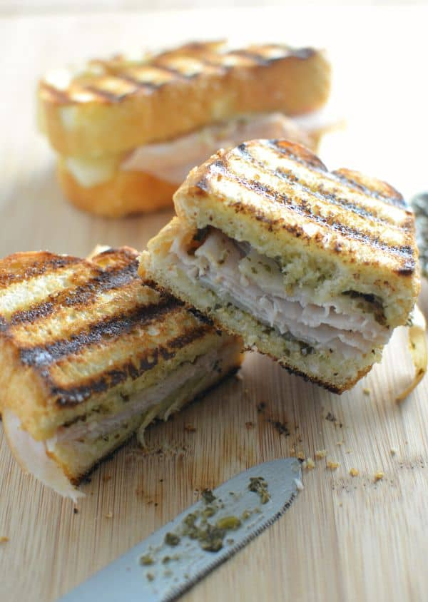 turkey pesto sandwich melt