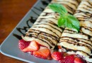 Strawberry Cheese Blintzes Recipe
