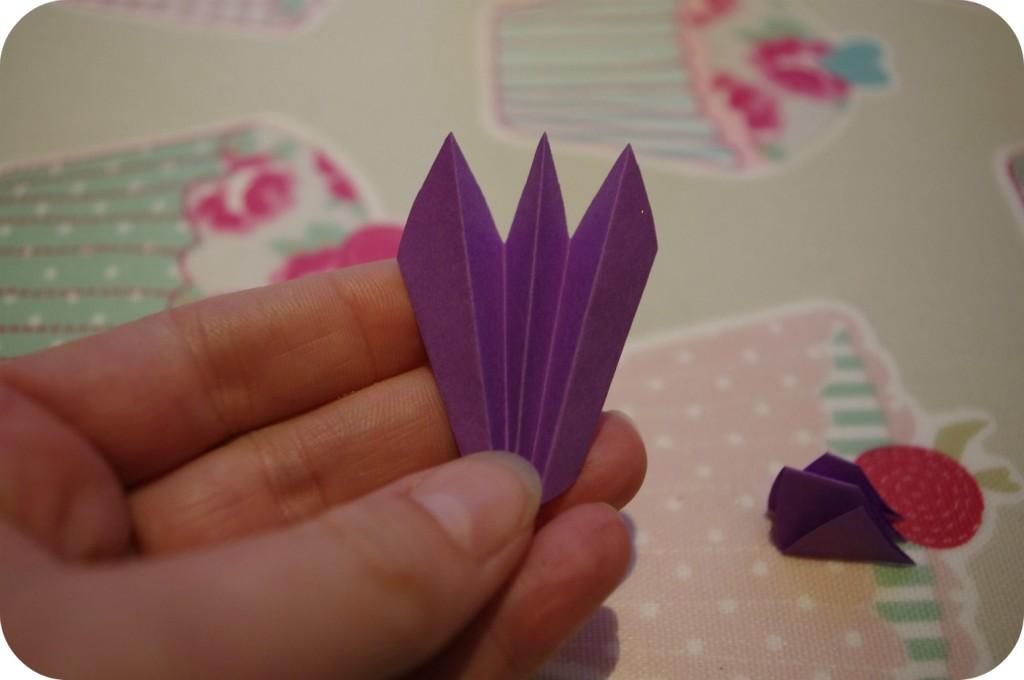 fazer uma açafrão do papel