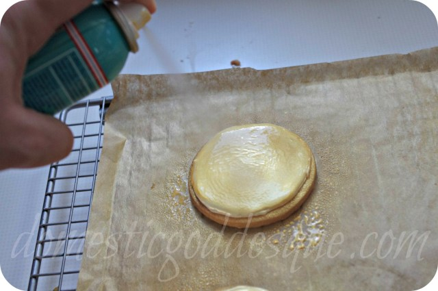 spray paint gold medal olympic biscuits