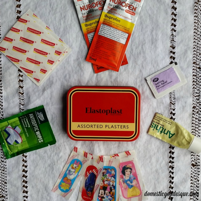 Handbag Cuts and Grazes First Aid Kit