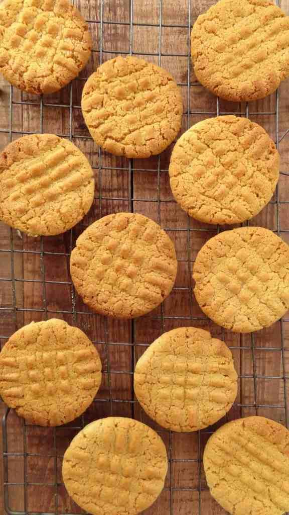 sesame cookies