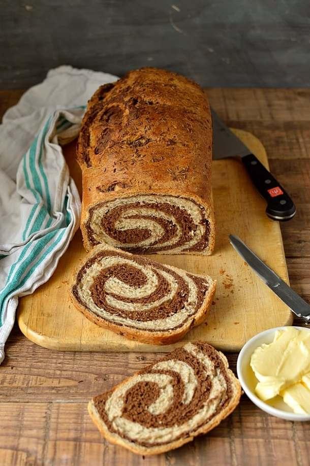 Swirled marbled rye bread - Domestic Gothess