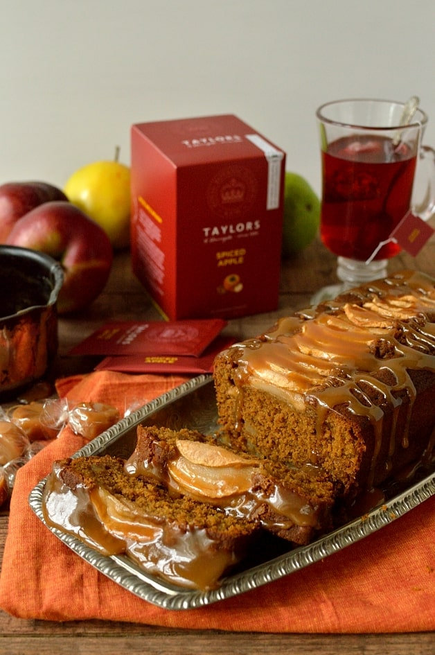 Toffee apple gingerbread cake - Domestic Gothess