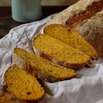 Carrot and caraway seed sandwich bread