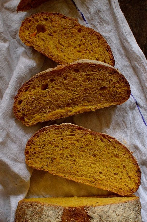 Carrot and caraway seed sanwich bread loaf