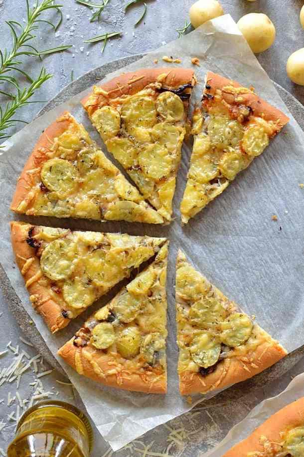 New potato, caramelised onion, rosemary & gruyère pizza