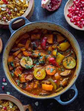 Vegetable tagine wit almond and chickpea couscous - an easy, healthy vegetarian/vegan meal with tonnes of flavour!