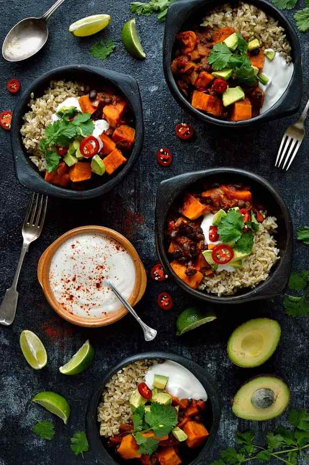 Vegan sweet potato and black bean chilli - healthy, hearty, filling and easy to make.