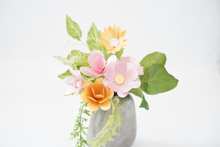 Bouquet of Paper Flowers – 7 Free Templates