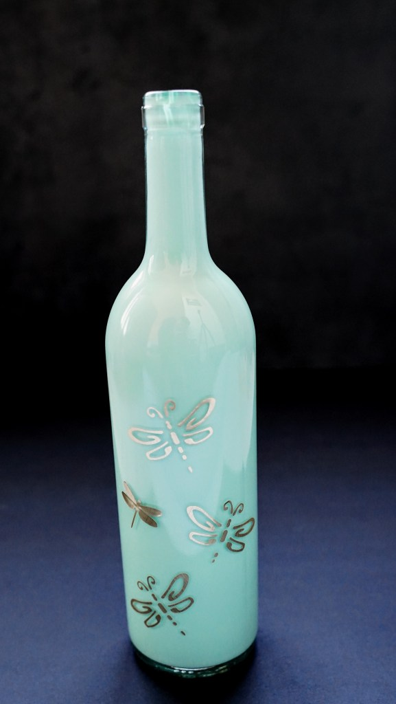 what kind of paint to use on glass bottles, paint wine bottles, how to paint inside wine bottles, best paint for wine bottles