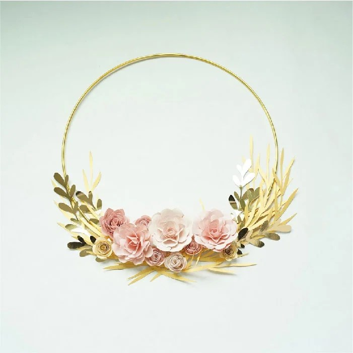 Golden ring floral wreath