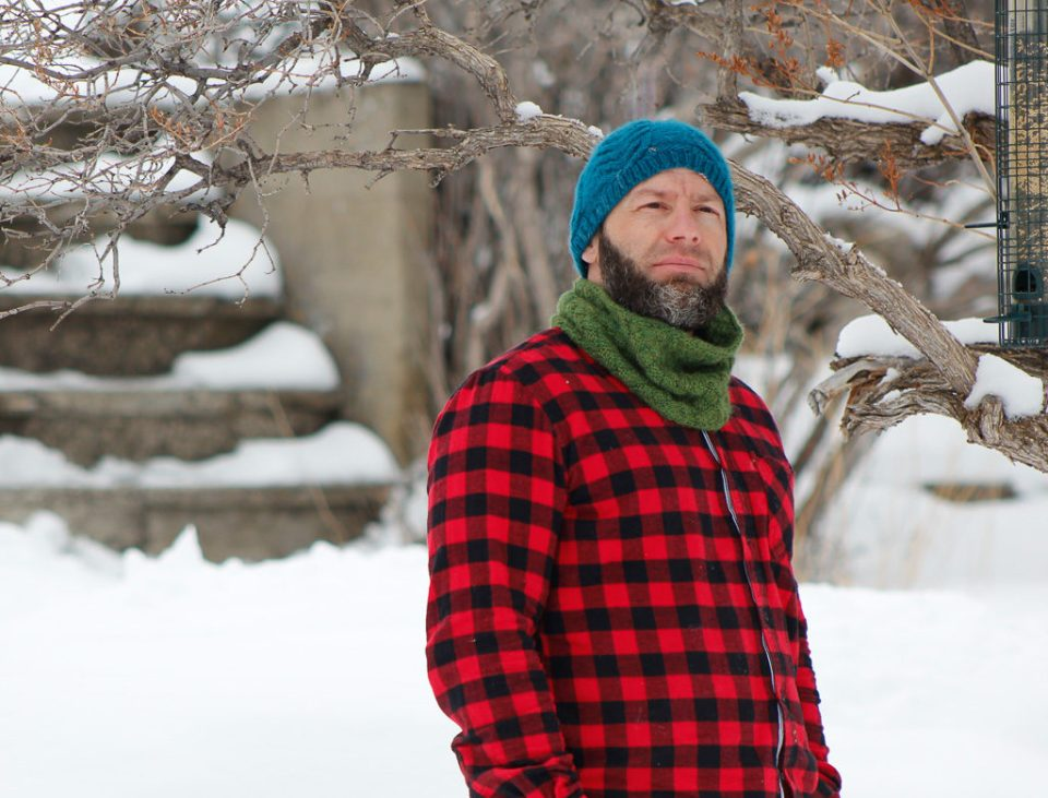 Quick Knit for Men based on Free Olivia Cowl Knitting Pattern.