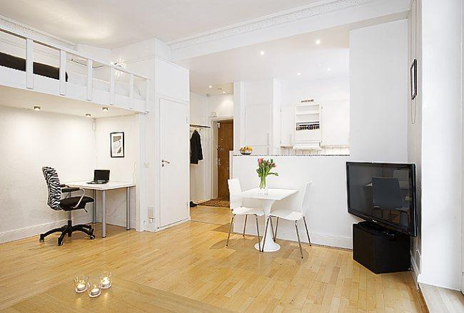 Mały apartament z antresola