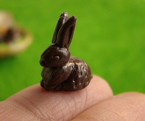 Miniaturowy króliczek wielkanocny