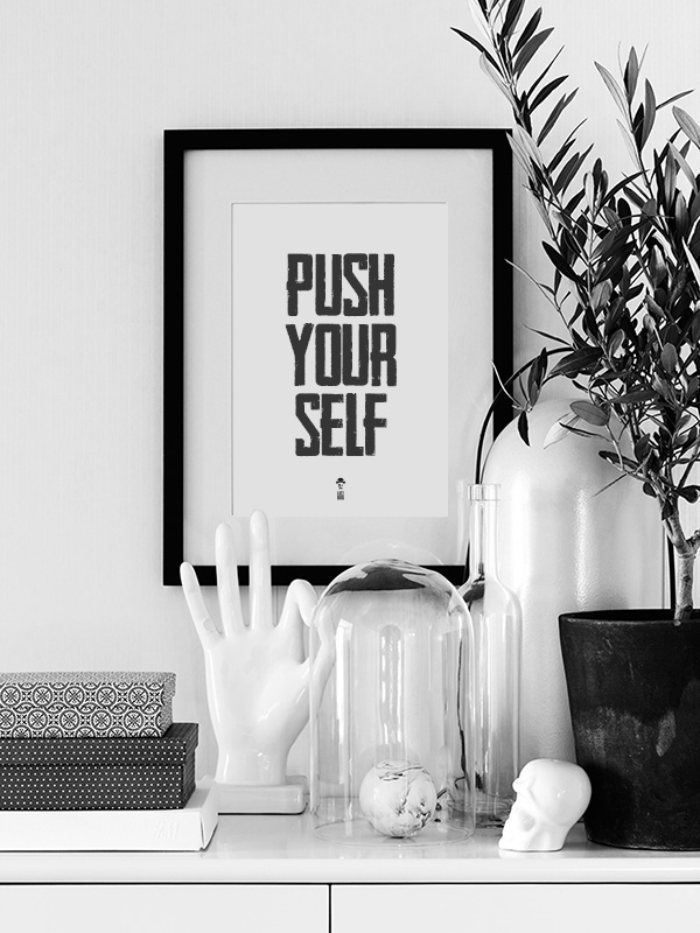 plakat_push_yourself