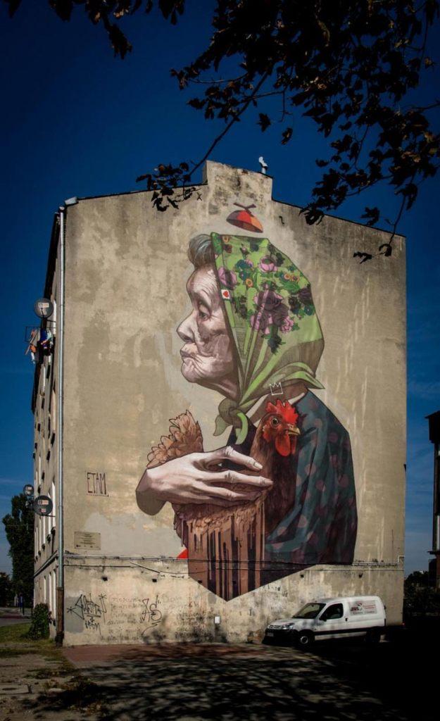Łódzki mural Madame Chicken - Etam Crew