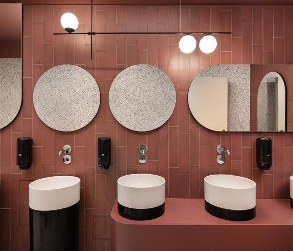 Toaleta w filharmonii Opolskiej