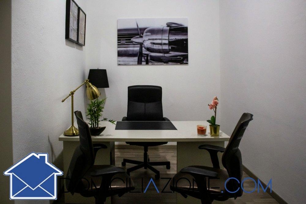 Stanza ufficio condivisa Bari