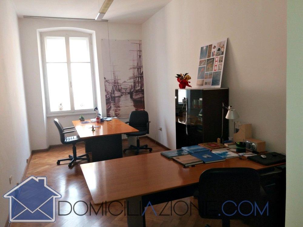 Trieste ufficio arredato