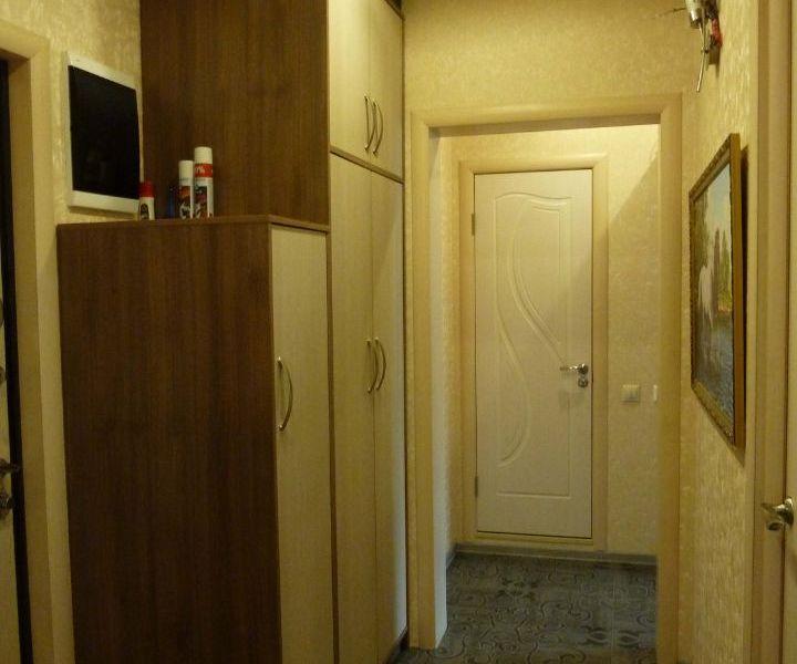 Двухкомнатная квартира в 2х минутах от метро.