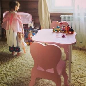 Комплект детские стол и стулья 2