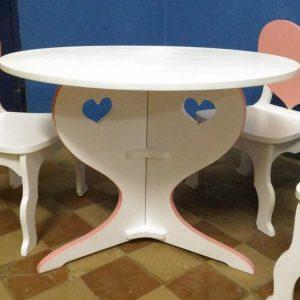 Комплект столик и стулья 1